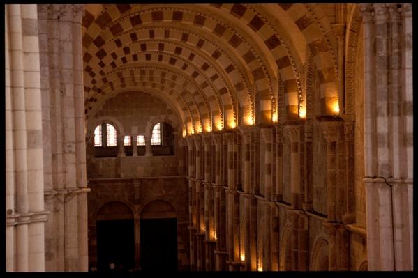 Vézelay 9052 (11916 sur 14730).jpg