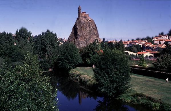 Le Puy-Mont Aiguillhe-Roman MC copie